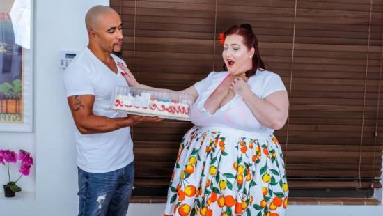 Секс с жирной толстушкой дояркой из село ВАГИНО