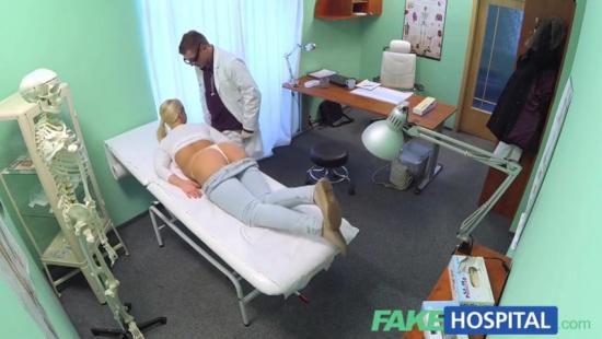 Медсестра совратила и попросила выебать